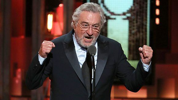 Robert De Niro insulta a Trump durante los premios Tony (+Video) | |