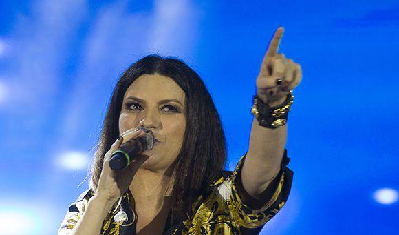 Laura Pausini cantó en Cuba frente a 250 mil personas