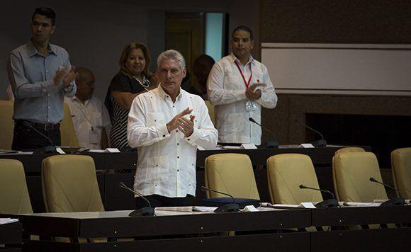 Participa Díaz-Canel en sesión plenaria de la IX Legislatura del Parlamento cubano