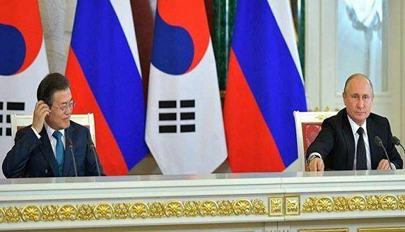 Moscú y Seúl abordan desnuclearización de península coreana