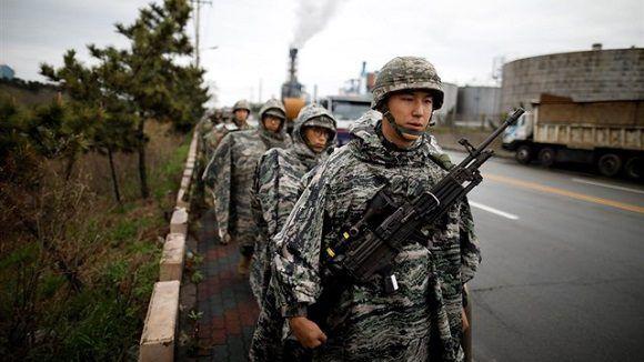 Y Corea del Sur suspendieron temporalmente los ejercicios militares