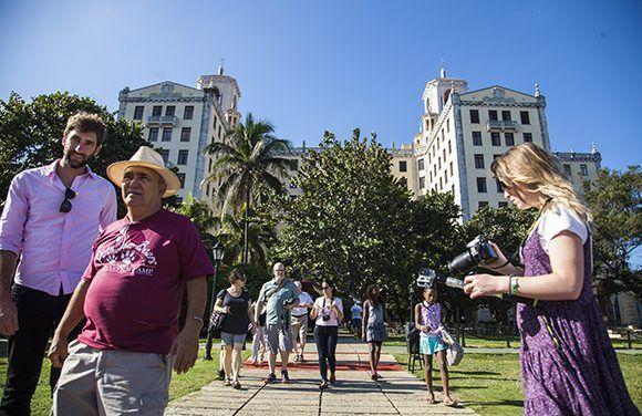 L'arrivée de visiteurs internationaux à Cuba augmente
