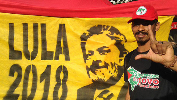 Comienza huelga de hambre en favor de la liberación de Lula