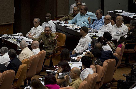 Raúl interviene en el debate: Resalta importancia de consulta popular de Reforma Constitucional en Cuba