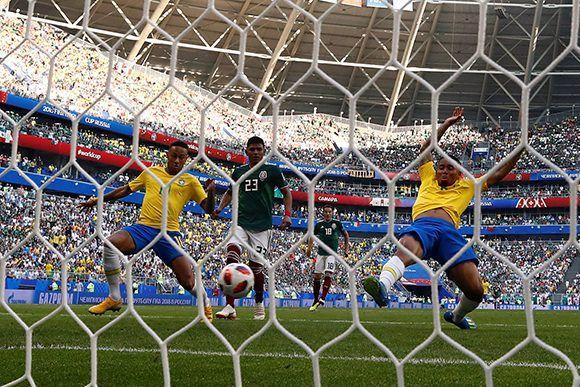 Brasil saca a México del Mundial y pasa a cuartos