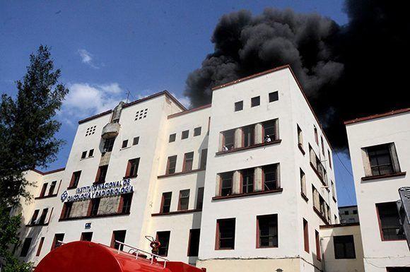 Controlado incendio en Hospital Oncológico de La Habana (+Fotos)