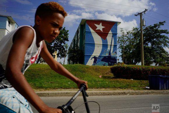 Si el modelo cubano no funciona, como dice el jefe del Pentágono, por qué lo atacan tanto