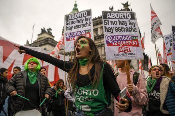 Senado argentino debate legalización del aborto