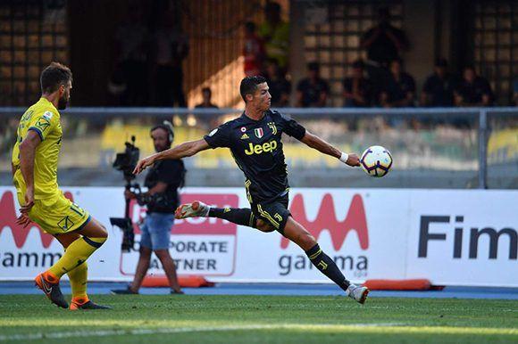 Juventus vence 3-2 al Chievo con gol de Bernardeschi al 93′ e23668aecaebf