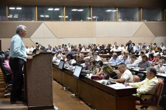 Díaz-Canel sostuvo encuentro con Juntas de Gobierno y Organizaciones Superiores de Dirección Empresarial