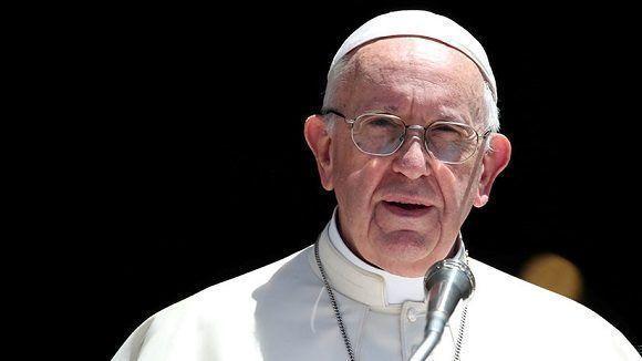 Papa Francisco: La política no está reservada solo a los gobernantes