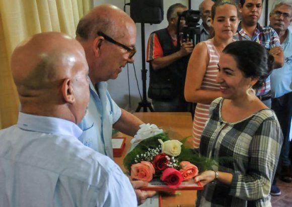 La escritora cubana Marta Acosta Álvarez obtiene Premio Iberoamericano Julio Cortázar