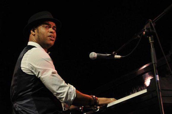 Con concierto de pianista Roberto Fonseca cierra Jazz Plaza 2019