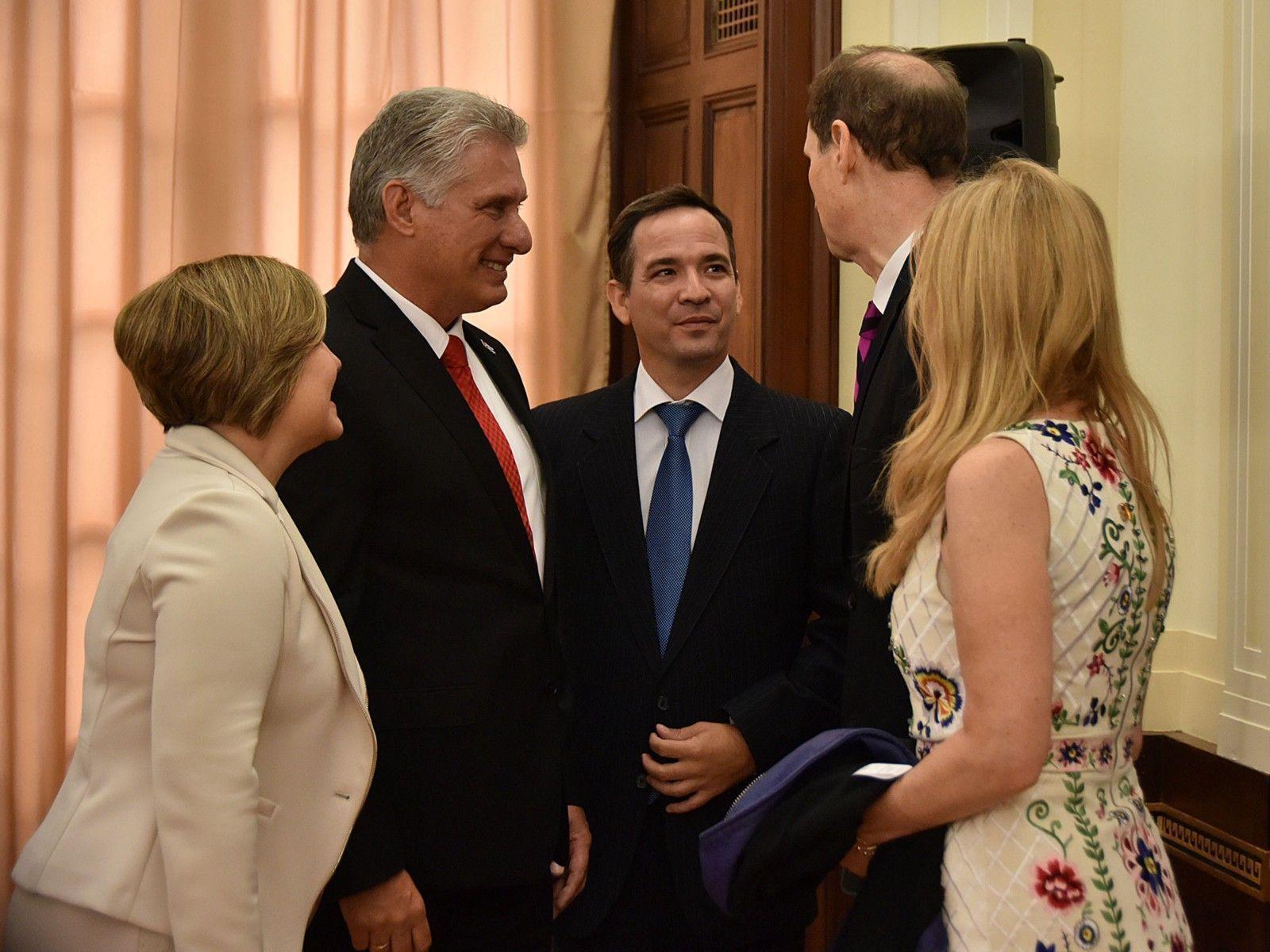 El próximo Congreso estadounidense tiene oportunidad de mejorar relaciones con Cuba, aseguran legisladores a Díaz-Canel