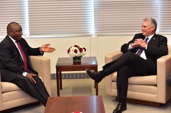Díaz-Canel agradece al Presidente de Sudáfrica propuesta de Nobel de la Paz para médicos cubanos