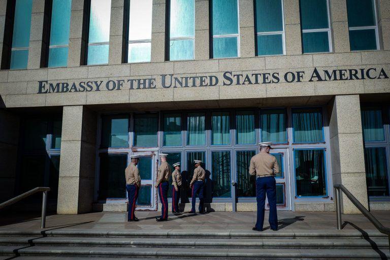 Cierra EE.UU. centro del Servicio de Ciudadanía e Inmigración en Cuba