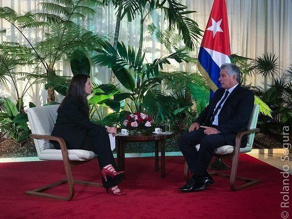 Recibe Díaz-Canel a senador de EE.UU
