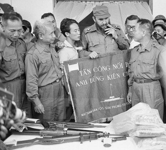 Fidel en Quang Tri. Foto: VNA.