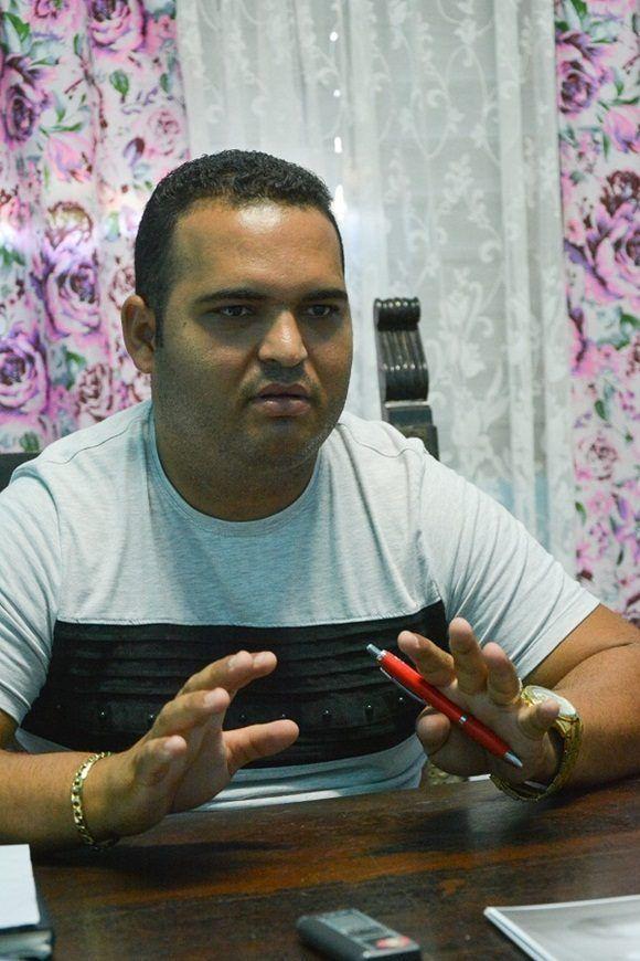 Yohandis Cueria Angulo, director del politécnico. Foto: Roberto Suárez.