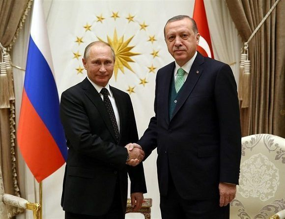 Putin y Erdogan acuerdan una zona desmilitarizada en Idleb