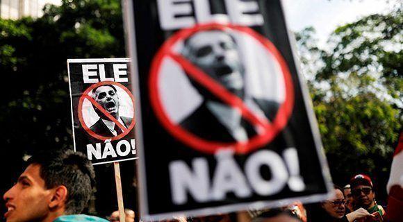 Jair Bolsonaro desarrolla una campaña sucia