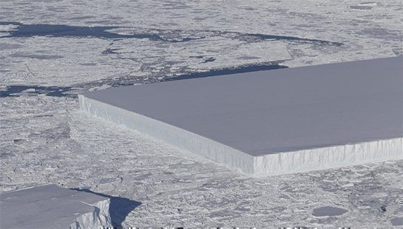 NASA descubre misterioso iceberg rectangular