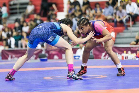 Lucha femenina cubana asegura tres boletos para Tokio 2021