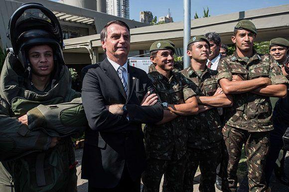 Caetano Veloso: Si Bolsonaro gana, los brasileños pueden esperar terror y odio