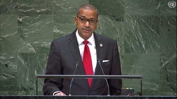 Representante de Jamaica.