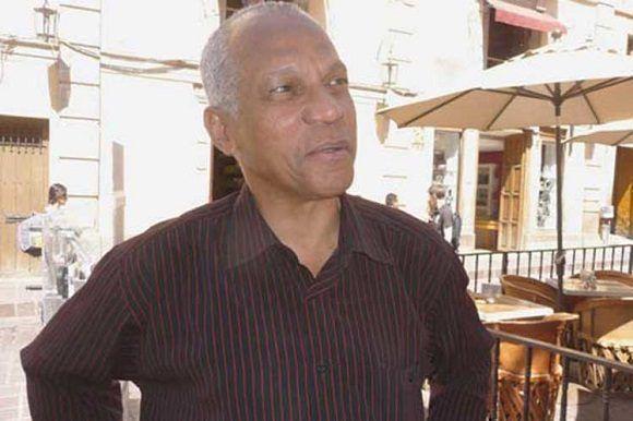 Distinguen a periodista cubano como Personalidad Iberoamericana del Año
