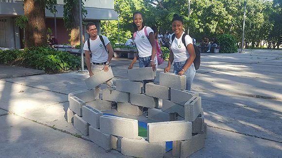 #UnblockCuba desde la Universidad Tecnológica de La Habana. Foto: Jorge Legañoa Alonso/ Facebook.