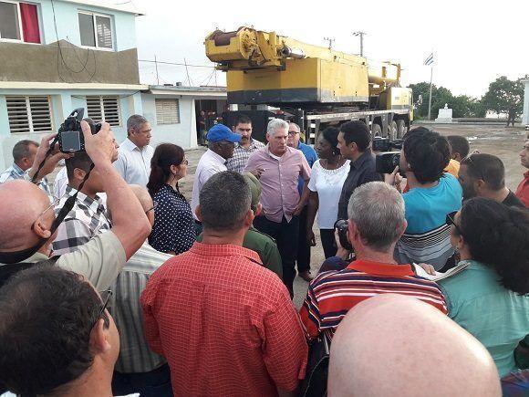 Presidente cubano en visita a Batabanó