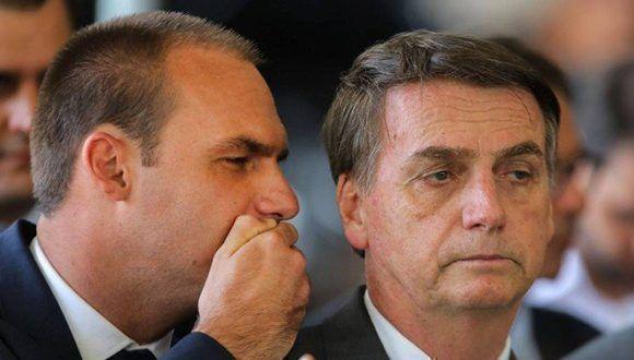 Hijo de Bolsonaro coordina en Washington ataques contra Cuba y Venezuela