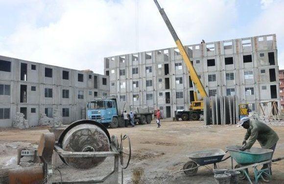 Cuba trabaja en la construcción de viviendas