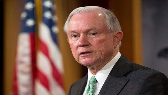 Trump anuncia la salida del fiscal general de EE.UU., Jeff Sessions