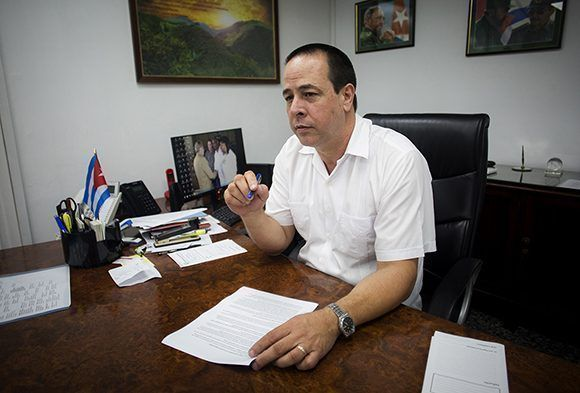 Ministro de Salud denuncia situación creada con médicos cubanos en Brasil (+Video)