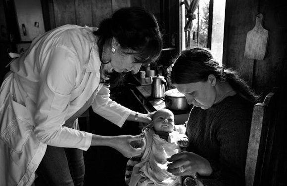 Médicos cubanos trabajan con las comunidades más pobres