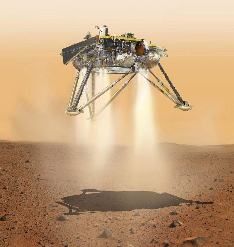 Sobre terreno de Marte la sonda Insight
