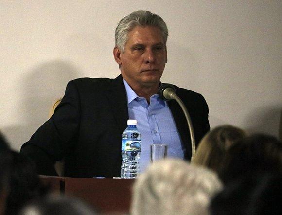 Participa Díaz-Canel en asamblea de balance anual de BioCubaFarma