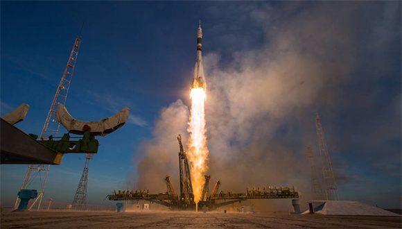 Momento del despegue de la Soyuz MS-11