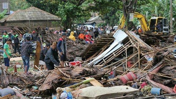 Canciller de Cuba expresa condolencias por tsunami en Indonesia
