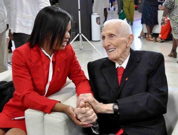 Falleció José Ramón Fernández a los 95 años de edad   Cubadebate