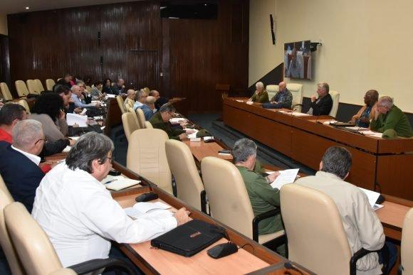 Suben a 6 los muertos en Cuba a causa del tornado