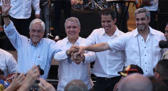 Guaidó junto a los presidentes de Colombia, Chile y Paraguay, que se han sumado al intento de golpe de Estado. Foto: Infobae