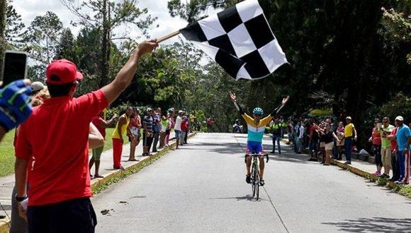 Ganó joven cienfueguero Frank Sosa, Clásico Nacional de Ciclismo de Ruta