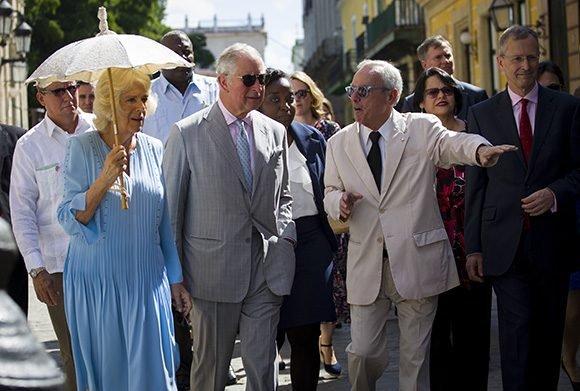 El paseo del Príncipe de Gales y la Duquesa de Cornualles por zonas patrimoniales de La Habana Vieja