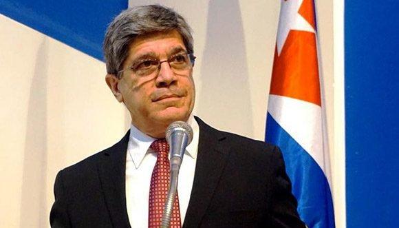 """Fernández de Cossío: """"La Ley Helms-Burton no es aplicable en Cuba"""""""