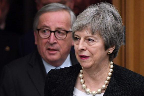 El Parlamento británico volvió a rechazar con contundencia el acuerdo del Brexit