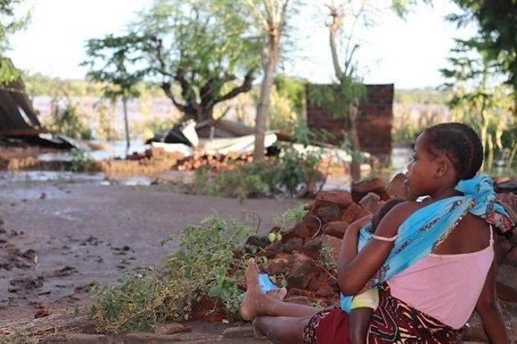 Suben a más de 800 los muertos por el ciclón Idai