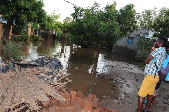 Suman más de 800 muertos en sureste de África por ciclón